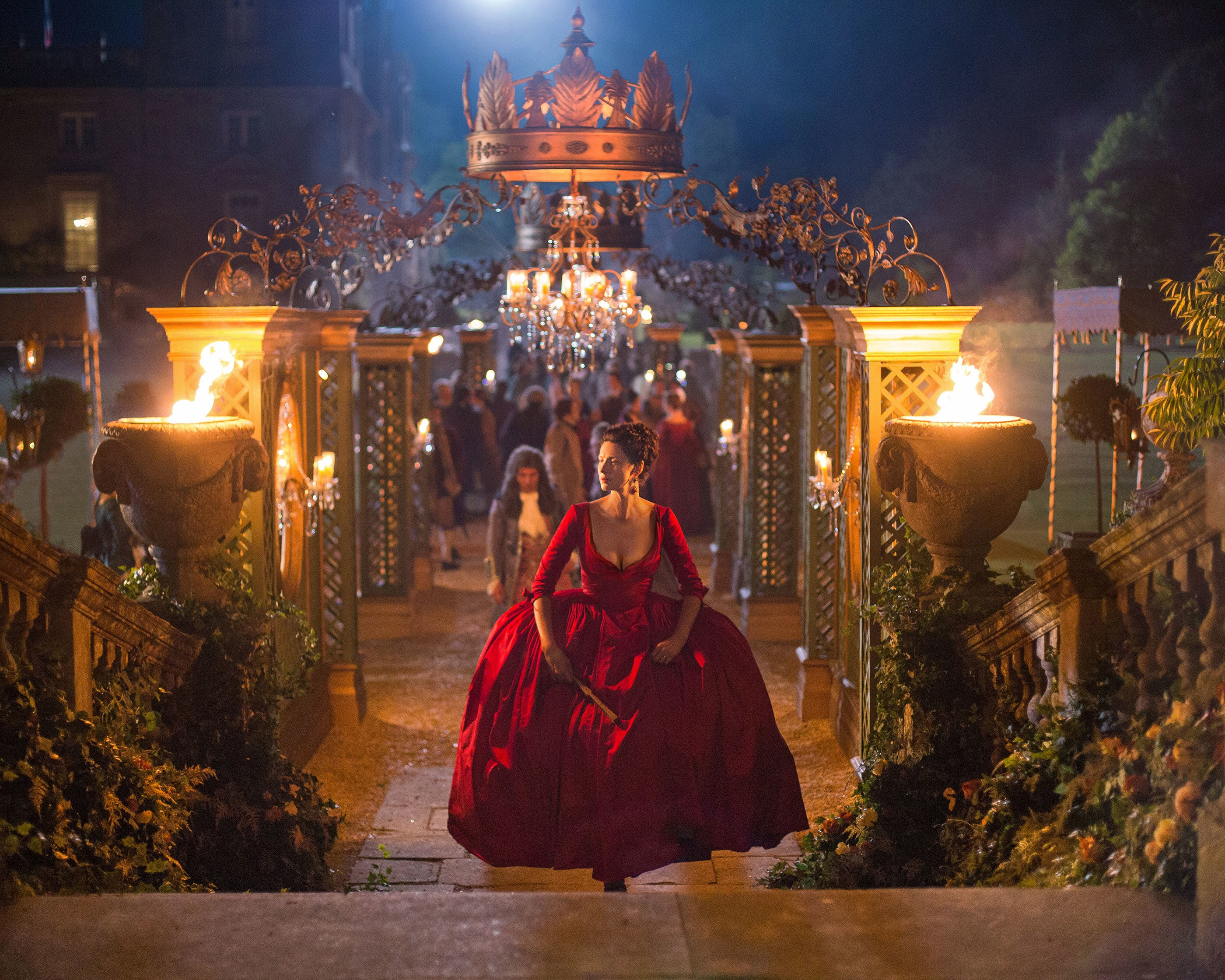 http://media.architecturaldigest.com/photos/5706e213b2d72bc242ccecc2/master/pass/Outlander-second-season-set-design_01.jpg